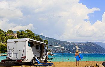 Séjour avec camping-car en bord de mer